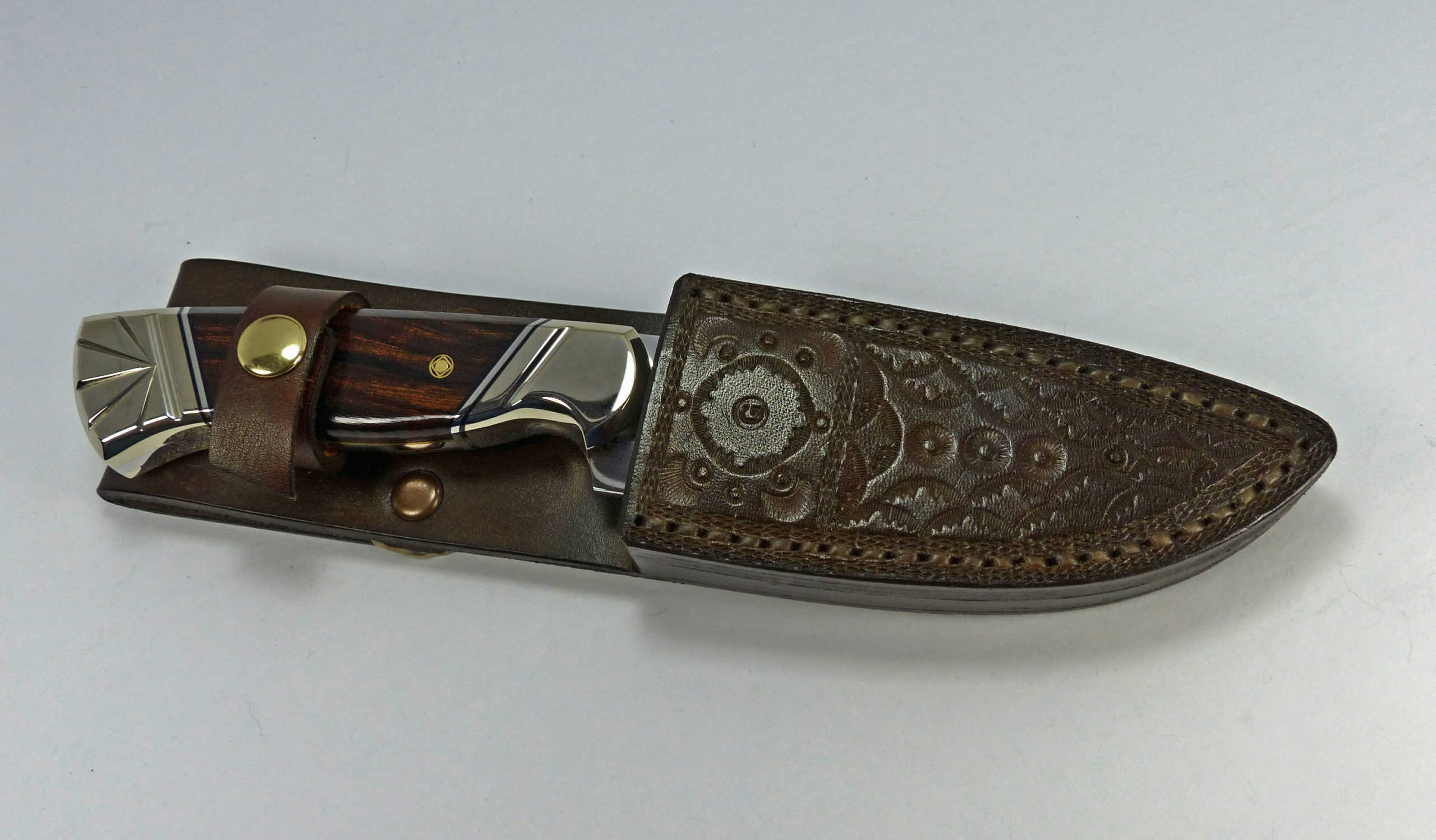 S1 - Arizona Desert Ironwood knife with custom fitted and welted leather sheath