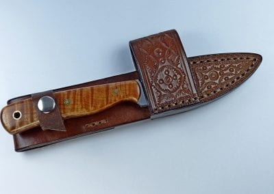E10 - EDC knife with hand tooled and welted custom designed cross draw sheath